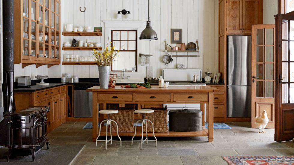 How To Create A Country Kitchen With Wooden Blinds